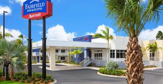 Fairfield Inn & Suites Key West At The Keys Collection - Key West - Building