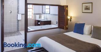 Queen Manor Boutique Guest House - Graaff Reinet - Habitación
