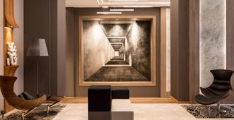 AC Hotel by Marriott Wroclaw - Wroclaw - Lobby