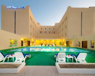 Sur Plaza Hotel - Sur - Басейн