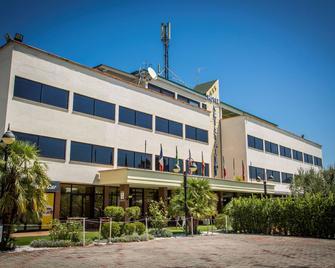 Relais Cristallo - Tivoli - Building