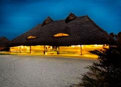 Hakuna Majiwe Beach Lodge - Paje - Building