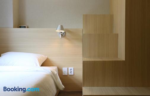 Hotel 8 Hours - Seoul - Phòng ngủ