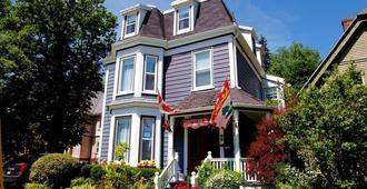 Charlotte's Rose Inn - Charlottetown (Prince Edward Island)