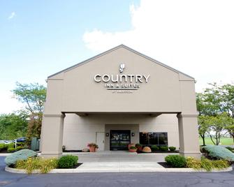 Country Inn & Suites by Radisson Sandusky South - Milan - Building