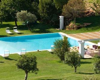 Relais Masseria Villa Cenci - Cisternino - Pool