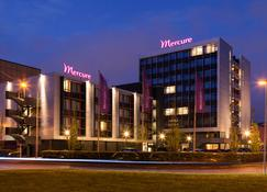Mercure Hotel Groningen Martiniplaza - Groningen - Budynek