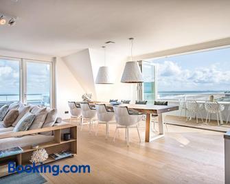 Super Luxe C-View op Duin met Zwembad en Sauna - Cadzand - Living room