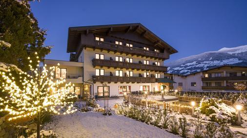 Landhaus Zillertal - Fügen - Building