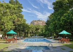 Hotel Sigiriya - Sigiriya - Pool