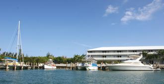Flamingo Bay Hotel & Marina at Taino Beach - Freeport