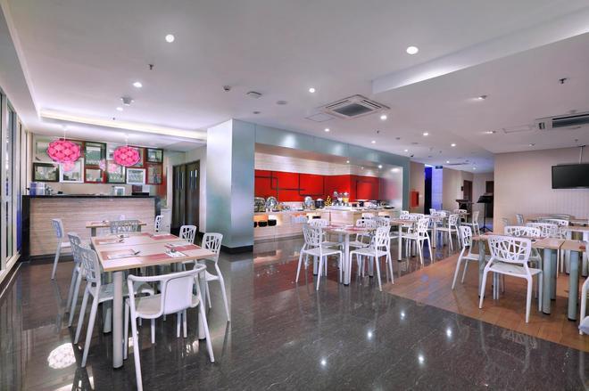 Favehotel Tanah Abang - Cideng - Jakarta - Restaurant