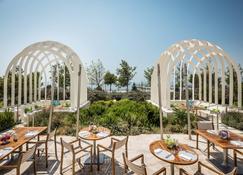 Baku Marriott Hotel Boulevard - Bakú - Patio