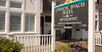 Cannon Beach Hotel - Cannon Beach - Building