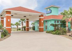Days Inn by Wyndham Port Aransas TX - Port Aransas - Building