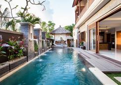 Villa DK - Bali - South Kuta - Uima-allas