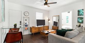 Abode Houston - Montrose/Downtown - Houston - Vardagsrum