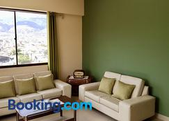 C&R apartments - Cochabamba - Sala de estar