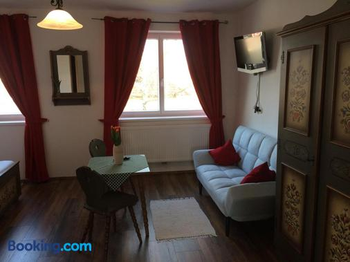 Pension Marillenhof - Melk - Living room