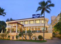 Country Inn & Suites By Radisson, Goa Candolim - Panaji - Dining room