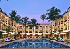 Country Inn & Suites By Radisson, Goa Candolim - Panaji - Uima-allas