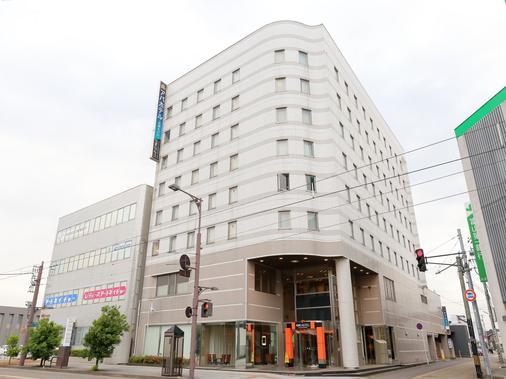 APA Hotel Takaoka-Marunouchi - Takaoka - Building