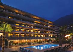 H4 Hotel Arcadia Locarno - Локарно - Будівля