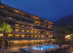 H4 Hotel Arcadia Locarno - לוקרנו - בניין