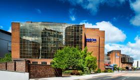 Park Inn by Radisson Cardiff City Centre - Κάρντιφ - Κτίριο