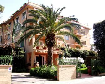 Hotel President - Forte dei Marmi - Edificio