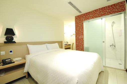 Bravo Hotel - Taichung - Bedroom