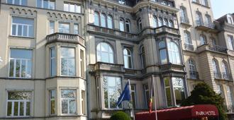 Best Western PLUS Park Hotel Brussels - Brussels - Toà nhà