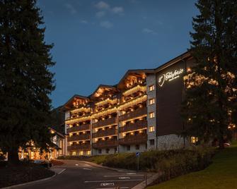 Teleferic Grand Hotel - Poiana Brașov - Edificio
