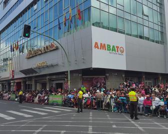 Hotel Emperador - Ambato - Venkovní prostory