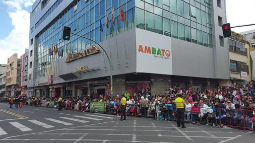 Hotel Emperador - Ambato - Outdoor view