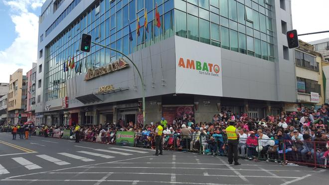 Hotel Emperador - Ambato - Outdoors view