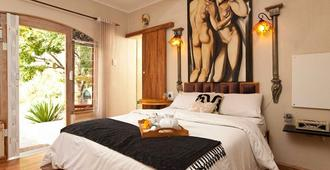 Twin Waters Guest House - Johannesburg