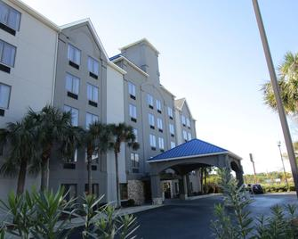 Country Inn & Suites By Radisson Murrells Inlet, SC - Murrells Inlet - Building