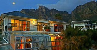 Villa Surprise - Cape Town - Building