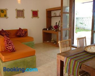 Kamili View Apartment in Zanzibar - Kiwengwa - Living room