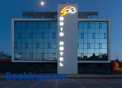 Grid Hotel - Brno - Building