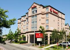 Ramada by Wyndham SeaTac Airport - SeaTac - Edificio