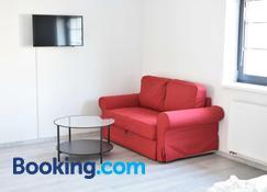 Apartmany U Letiste - Pardubice - Wohnzimmer