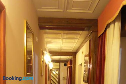 Villa Serafini - Remanzacco - Hallway