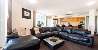 Lanai Riverside Apartments - Mackay