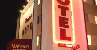 Mayfair Motel - Виктория - Здание