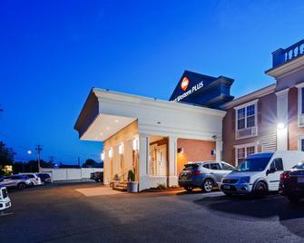 Best Western PLUS Fairfield Hotel - Fairfield - Gebäude