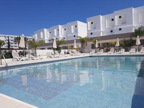L' Eros Hotel - Ayia Napa - Bể bơi