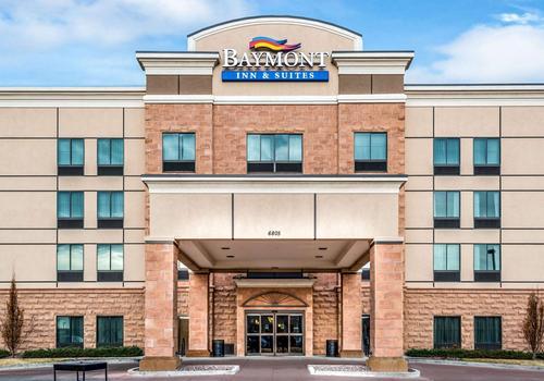 16 Best Hotels In Denver Hotels From 30 Night Kayak