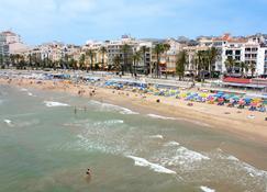 Hotel Subur - Sitges - Beach
